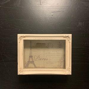 Jewelry/keepsake storage box